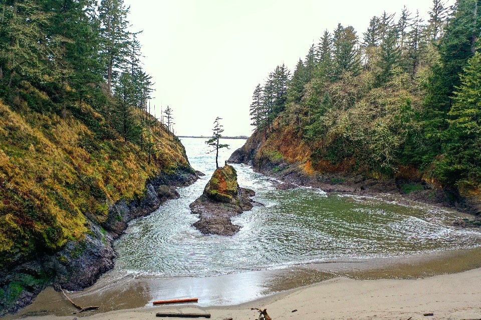 deadmans cove washington
