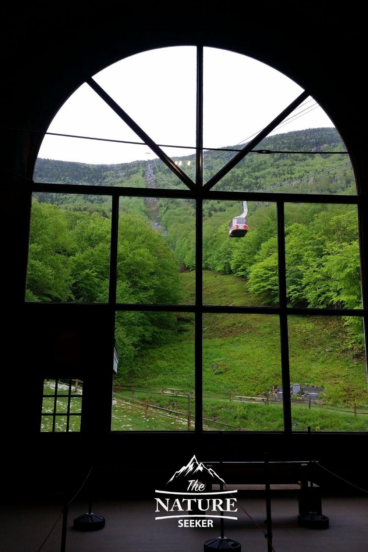 gondola to cannon mountain in the white mountains