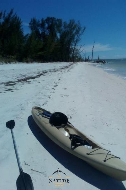 kayaking on islands near bradenton beach