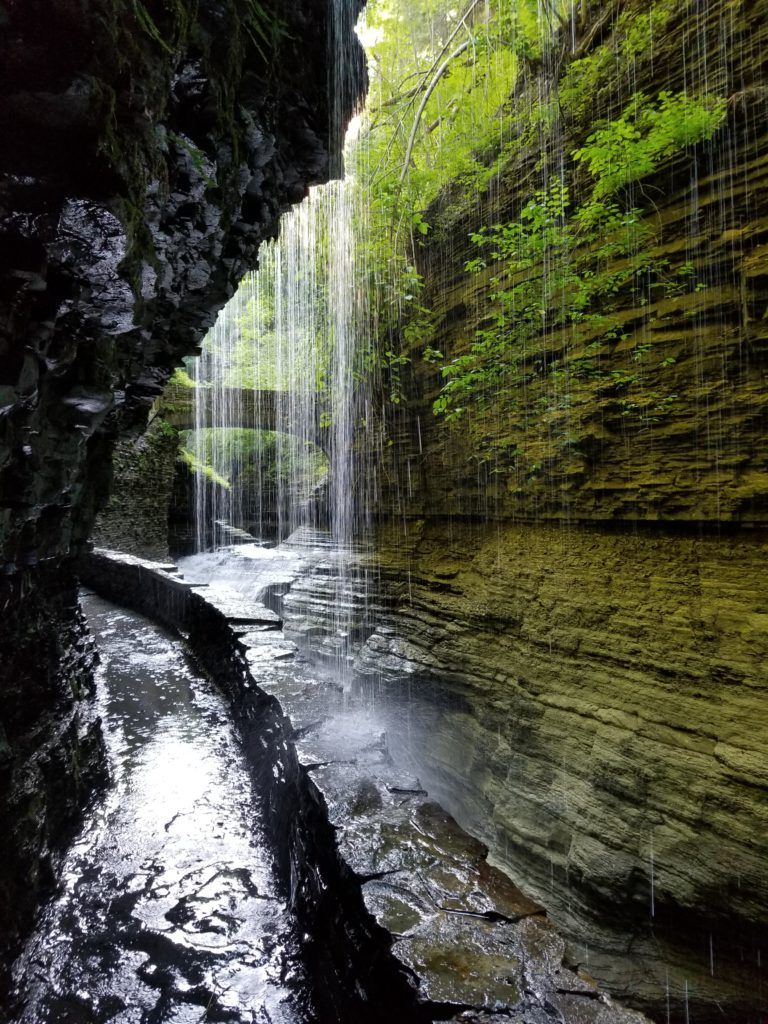 pic of watkins glen state park