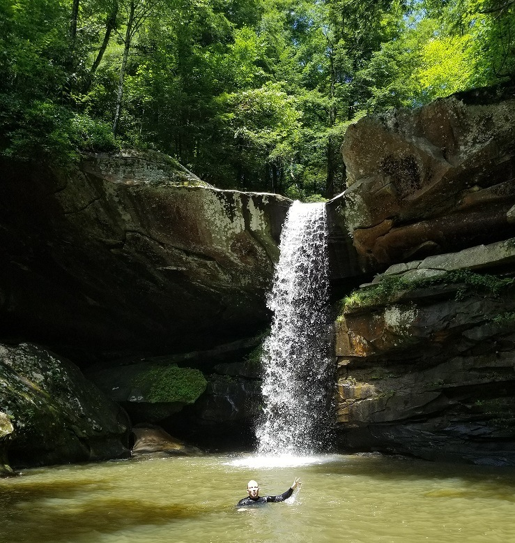 eagle falls in daniel boone national forest
