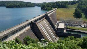 melton hill dam in the appalachian mountains