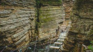 obstacle course hiking at ausable chasm
