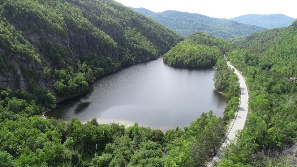 picture of chapel pond in adirondacks