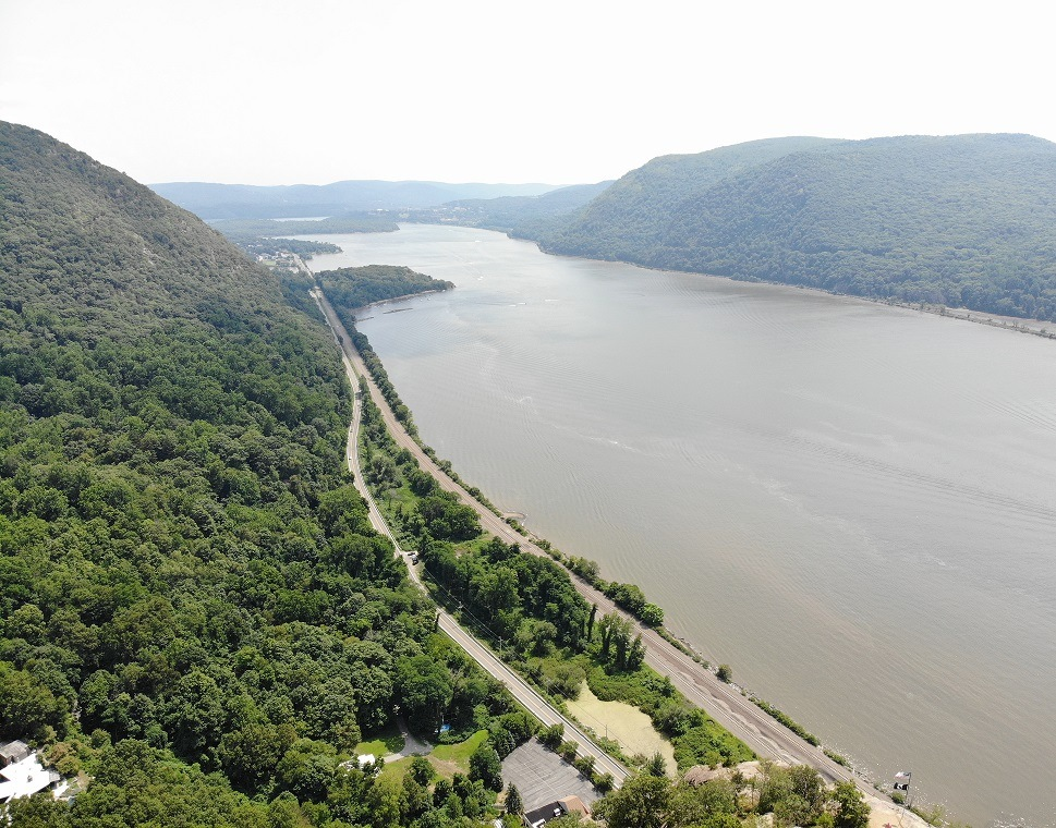 breakneck ridge scenic photo