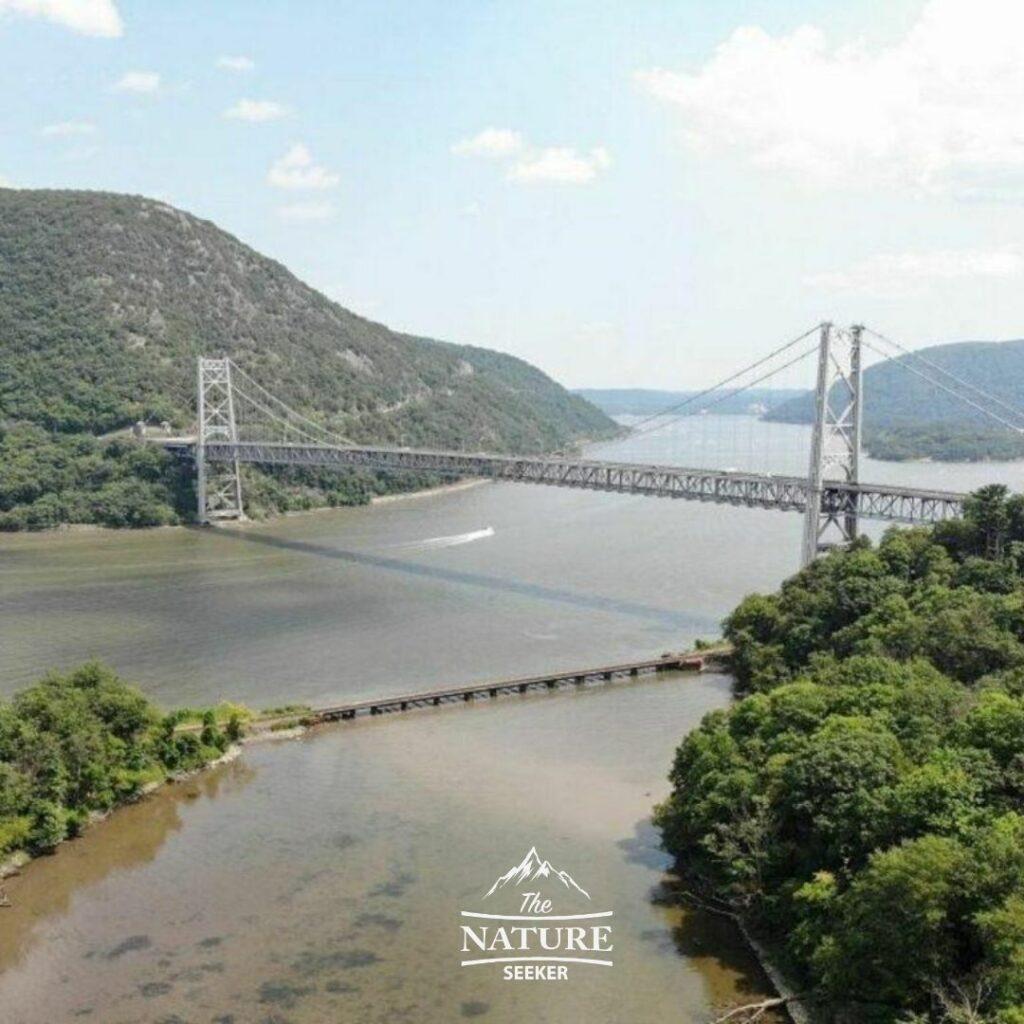 hudson valley scenic drive in new york state purple heart memorial bridge