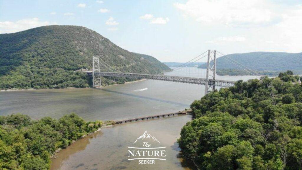 purple heart memorial bridge nature spot near new york city