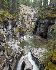Maligne canyon photo