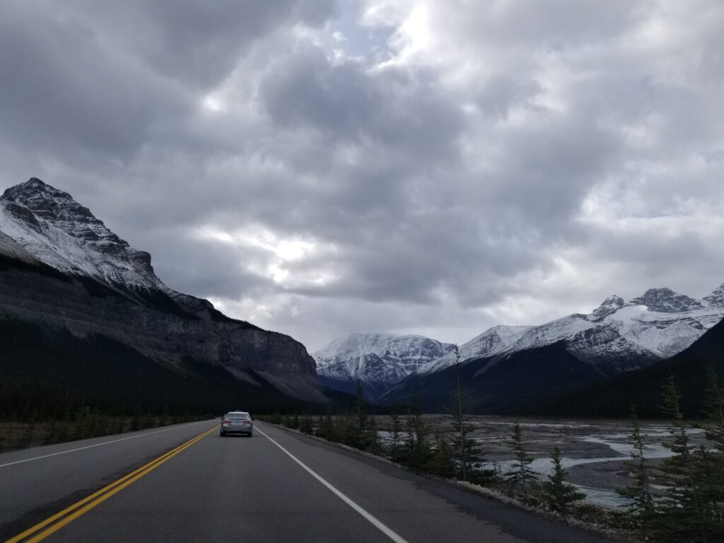 icefields parkway driving guide