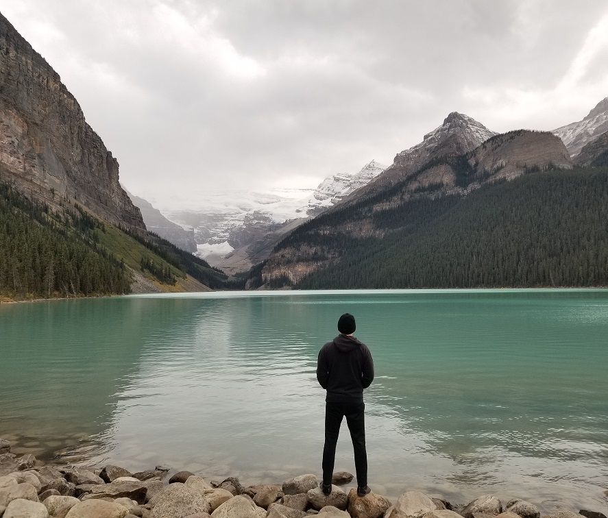 lake louise photo