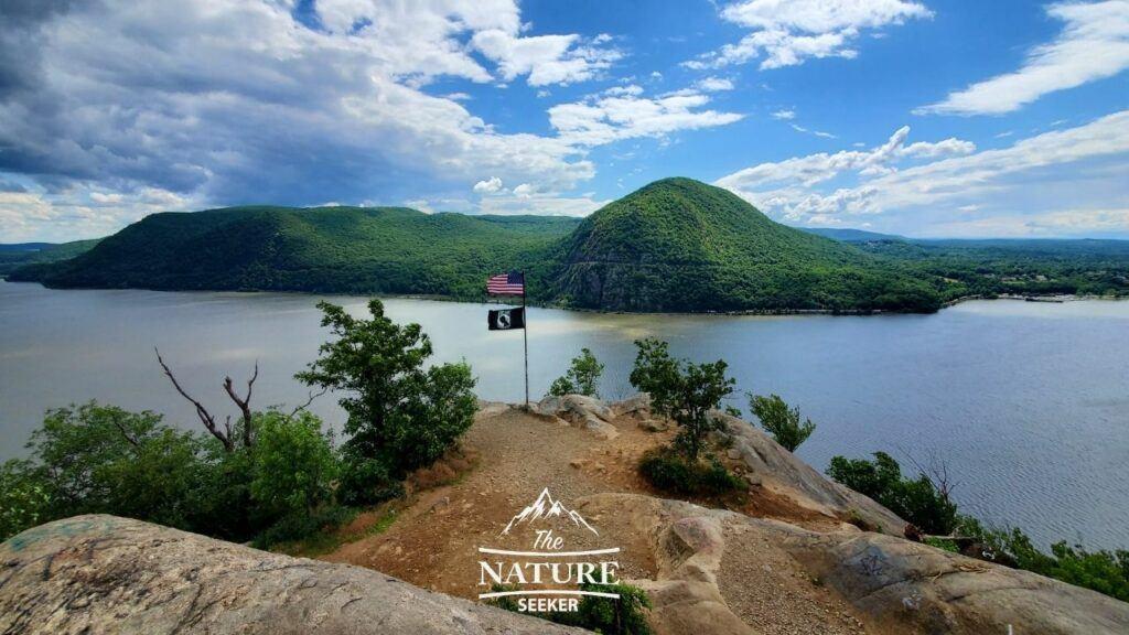 beautiful view of breakneck ridge during the summer season