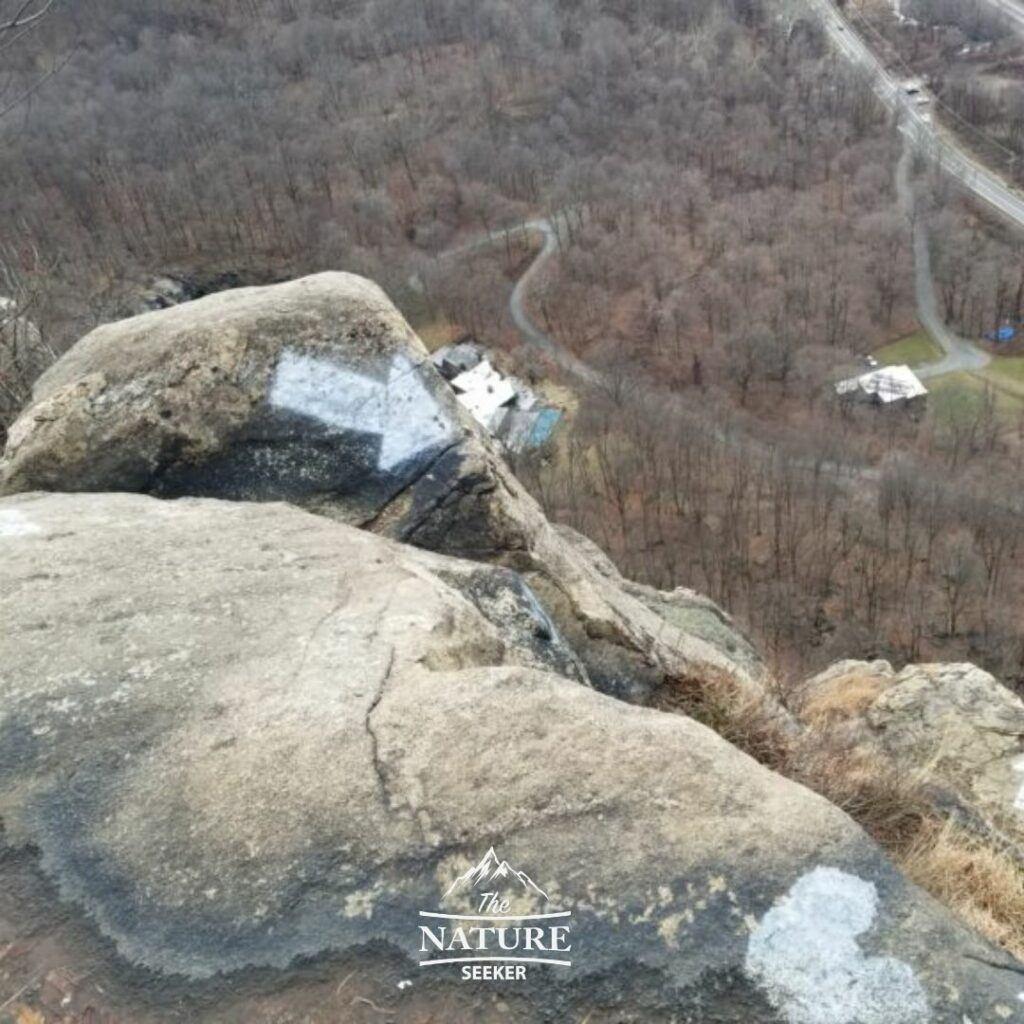 parts of breakneck ridge hike with dangerous spots 01