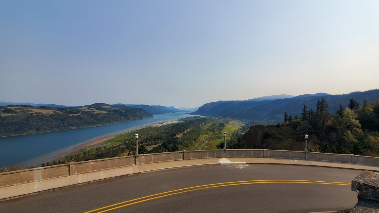 columbia river gorge vista house overlook