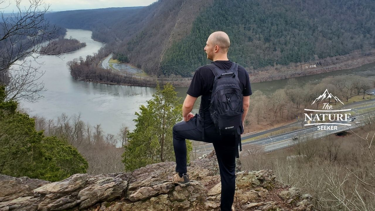 hiking delaware water gap with ozark trail shows