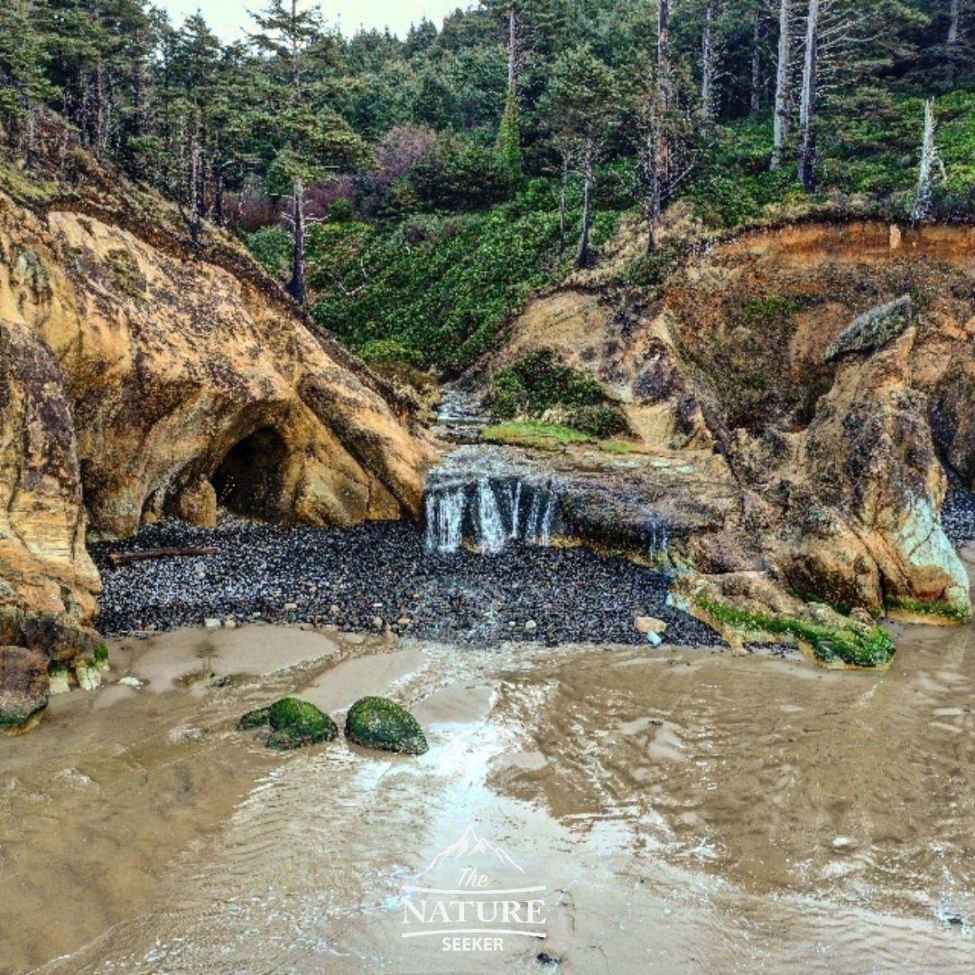 hug point sea caves oregon coast
