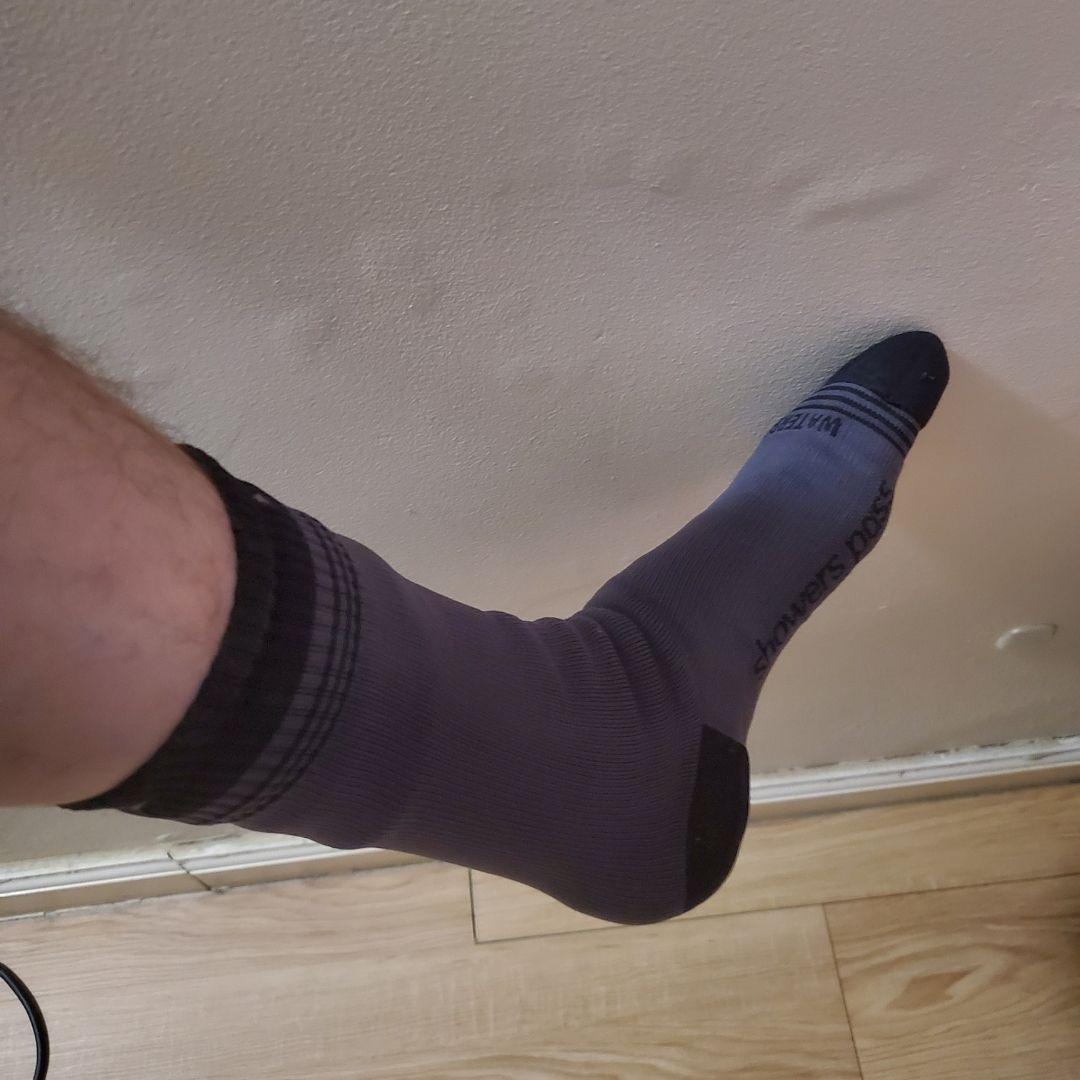showers pass waterproof socks size