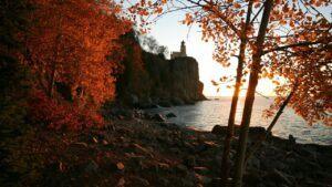 split rock lighthouse state park on the minnesota coast