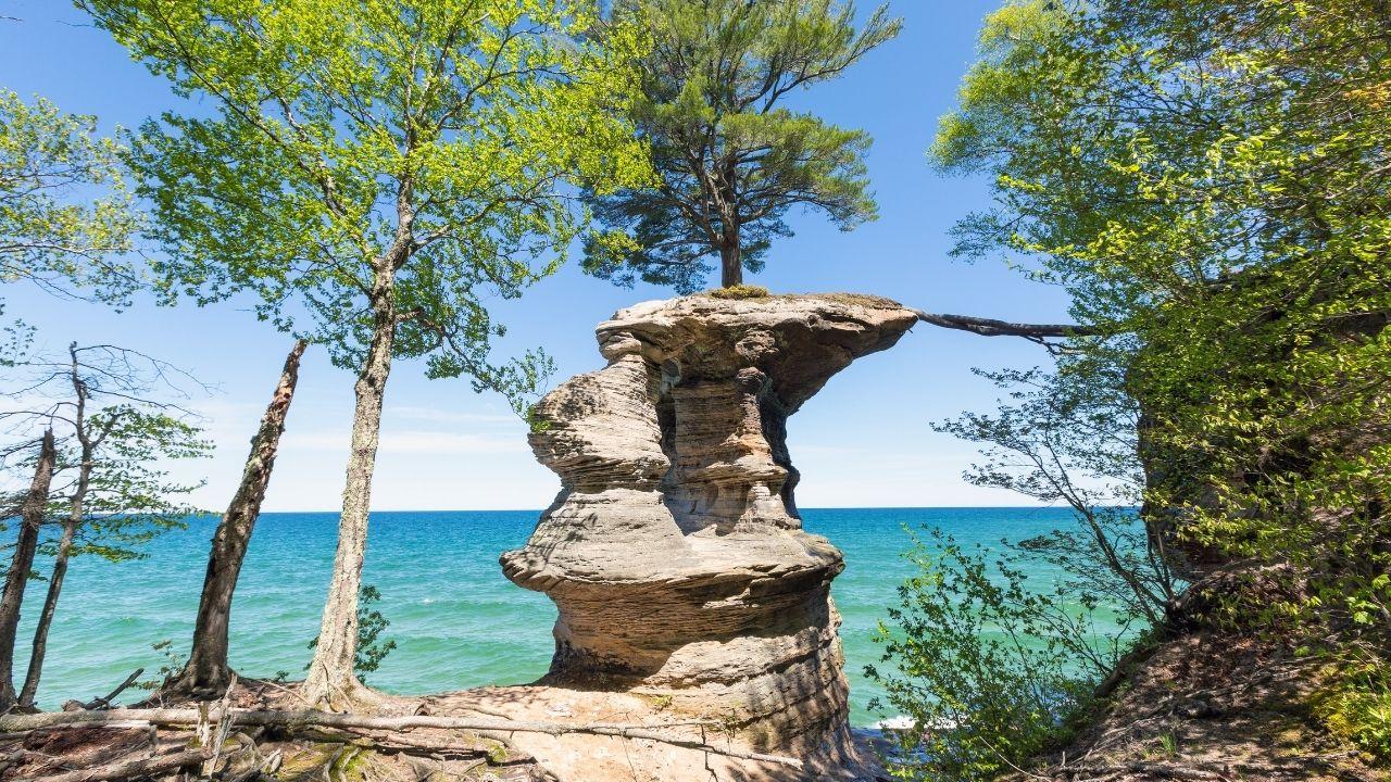 chapel rock pictured rocks national lakeshore