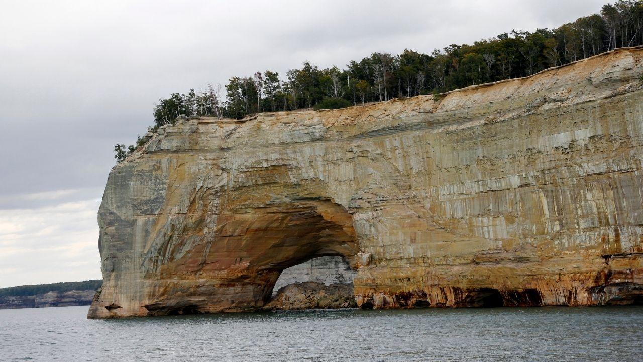 natural bridge at pictured rocks national lakeshore